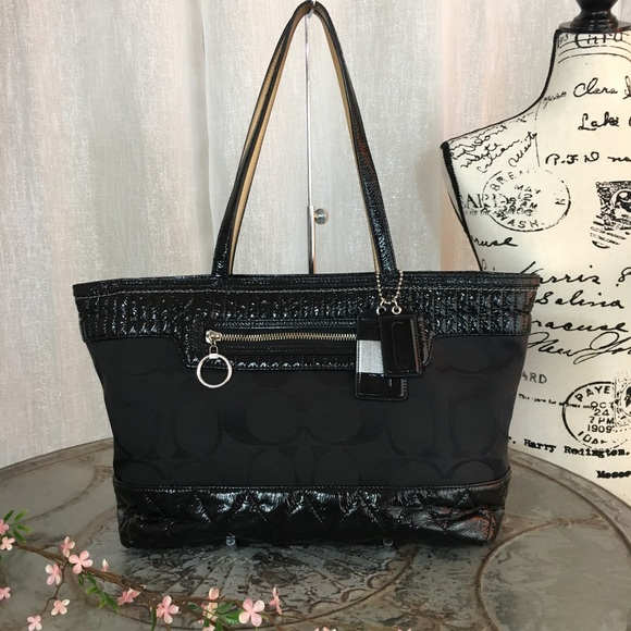 Coach - COACH Poppy Signature Quilted Black Tote Bag 18676 from ... : quilted black tote bag - Adamdwight.com